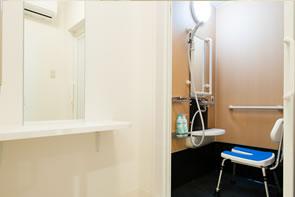シャワー室/脱衣所